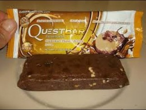quest bar chocolate peanut butter review